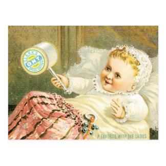 Bebé de Clarks con el carrete del hilo Postal