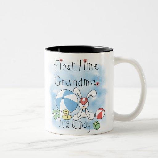 Bebé de la abuela de la primera vez taza