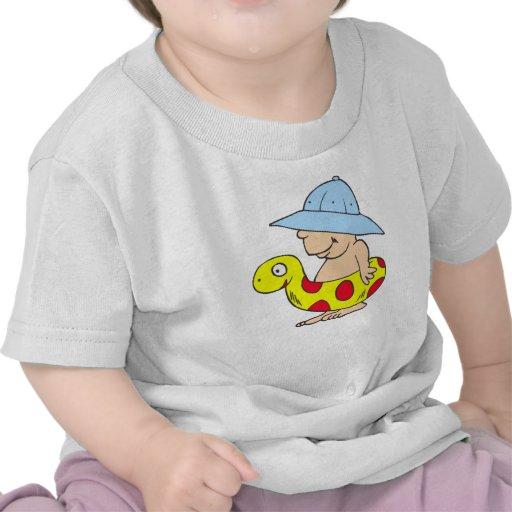 Bebé de la playa camisetas