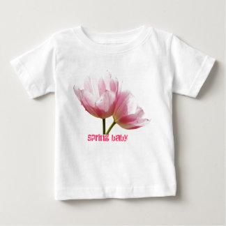 Bebé de la primavera camisas