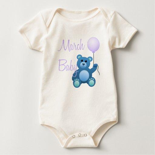 Bebé de marzo mameluco