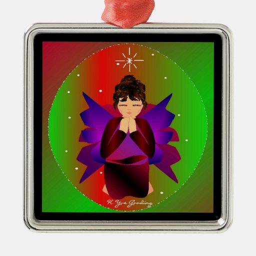 Bebé del ángel del navidad en todo el mundo en el ornamento de navidad
