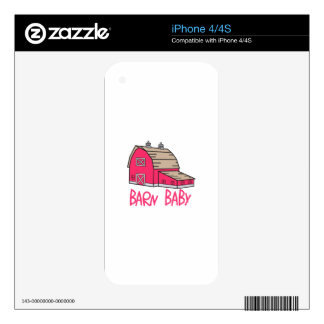 Bebé del granero skin para el iPhone 4