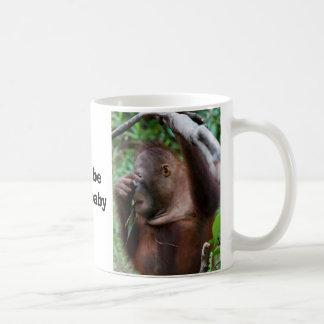 Bebé del grito taza de café