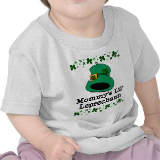Bebé del Leprechaun de Lil de la mamá Camiseta