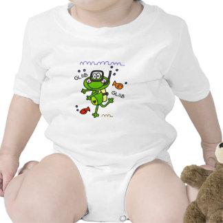 Bebé del muchacho de Froggie del buceo con escafan Camisetas