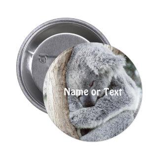 bebé durmiente de la koala pin redondo 5 cm