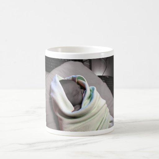 Bebé durmiente taza clásica