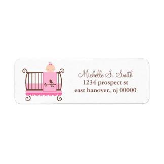 Bebé en etiquetas del remite del pesebre etiquetas de remite