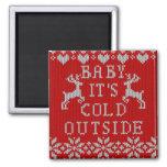 Bebé es estilo feo del suéter del exterior frío iman