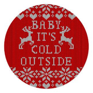 Bebé es estilo feo del suéter del exterior frío comunicados personales