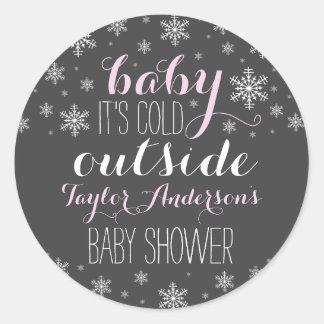 Bebé es exterior frío - pegatina de la fiesta de