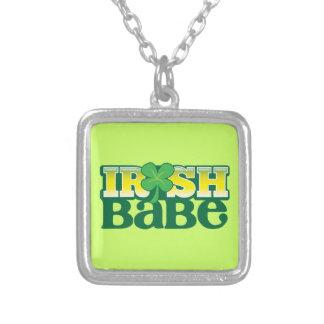 ¡BEBÉ IRLANDÉS! lindo con un trébol Collar Plateado