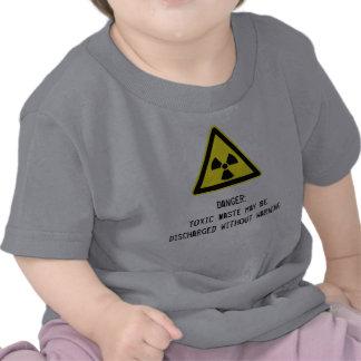 Bebé irónico de la basura tóxica camiseta