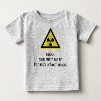 Bebé irónico de la basura tóxica poleras