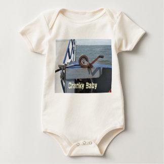 Bebé irritable mameluco