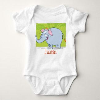 Bebé lindo de JUSTIN nombrado camisetas de los Camisas