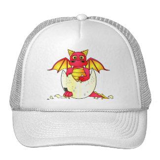 Bebé lindo del dragón en el huevo agrietado - rojo gorras