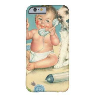 Bebé lindo del vintage que habla en perro de funda de iPhone 6 barely there