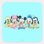 Bebé Mickey y amigos Pegatina Cuadrada