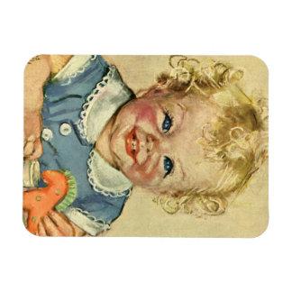 Bebé o chica escandinavo rubio lindo del vintage imán de vinilo