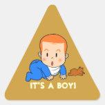 Bebé pelirrojo lindo pegatina triangular