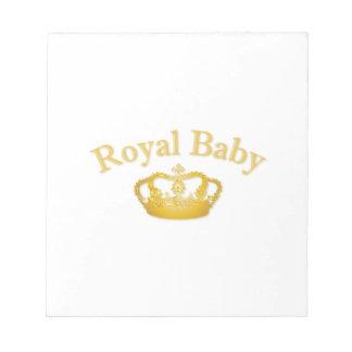 Bebé real con la corona de oro libreta para notas