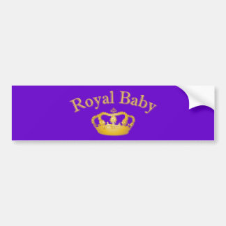 Bebé real con la corona de oro etiqueta de parachoque