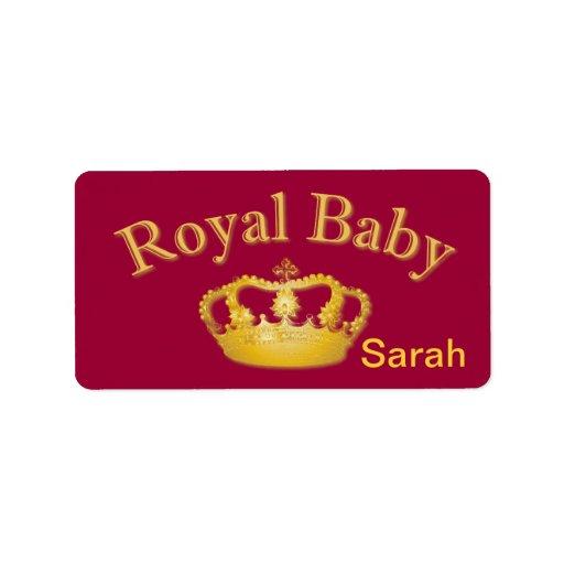 Bebé real con la corona de oro etiqueta de dirección
