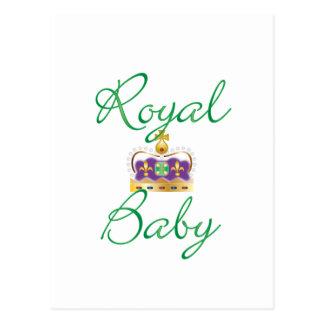 Bebé real con púrpura y la corona del oro tarjeta postal