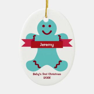 Bebé rojo del nombre de la bandera del niño azul adorno navideño ovalado de cerámica