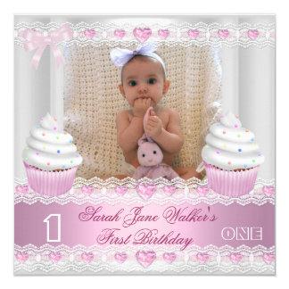 """Bebé rosado blanco 2 de la magdalena del primer invitación 5.25"""" x 5.25"""""""