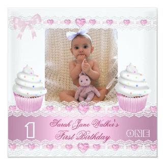 Bebé rosado blanco 3 de la magdalena del primer invitación 13,3 cm x 13,3cm