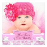Bebé rosado bonito de las magdalenas del primer ch comunicados personales