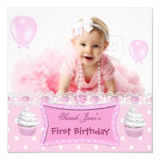 """Bebé rosado de las magdalenas del primer chica del invitación 5.25"""" x 5.25"""""""