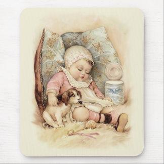 Bebé soñoliento alfombrilla de ratones