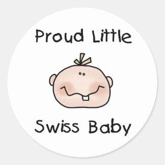 Bebé suizo orgulloso del muchacho pegatina redonda