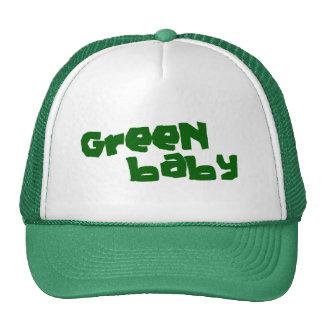 Bebé verde gorro