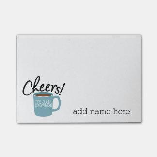 Bebedor divertido del café - alegrías es 8am en nota post-it