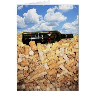 Bebedores del vino tarjeta de felicitación