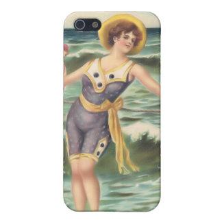 Bebés 4 de la playa del bañista de Sun del vintage iPhone 5 Cárcasas