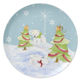 Bebés banales del oso polar del invierno que juega plato de cena