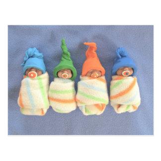 Bebés durmientes de la arcilla: Escultura de Tarjeta Postal
