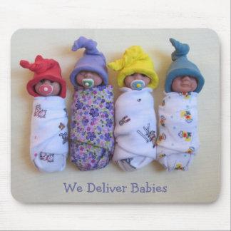 Bebés en arcilla: Partera, doctores: Entregue al b Mouse Pads