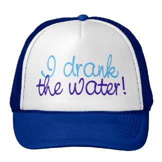 Bebí el agua gorras