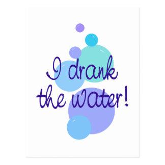 Bebí el agua postal