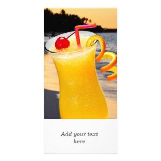 Bebida anaranjada tropical tarjeta fotografica personalizada