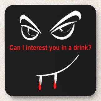 Bebida con un vampiro posavasos de bebida