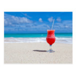 Bebida en la playa postales