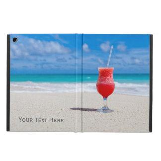 Bebida en los casos del personalizado de la playa